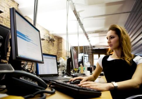 0419_women-jobs-computer-softwate-engineer_485x340