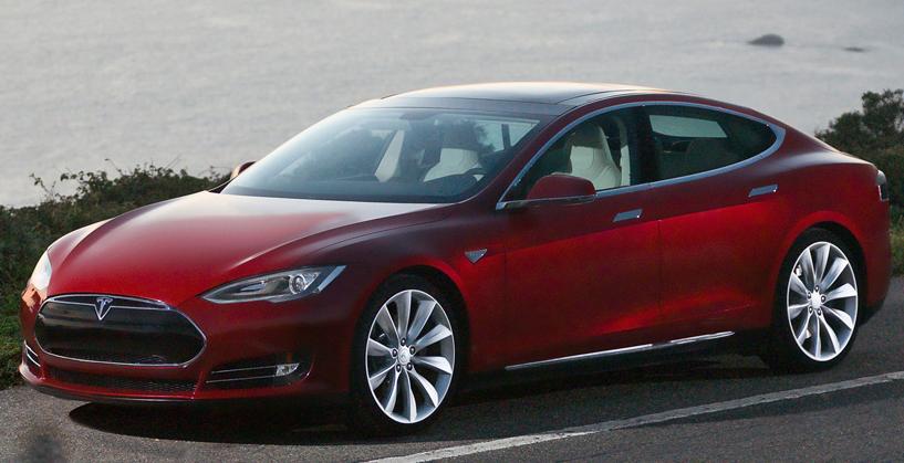 時代の先をいく自動車、Teslaの挑戦